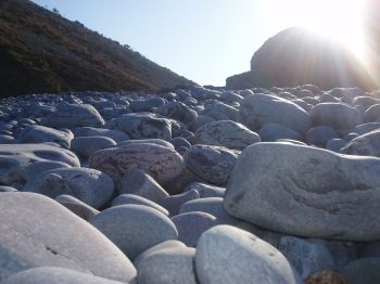 Sunny Pebbles, Laura Thorne, Flickr